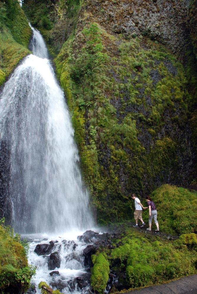 AA-Ariel-Tara-Wahkeena-Falls