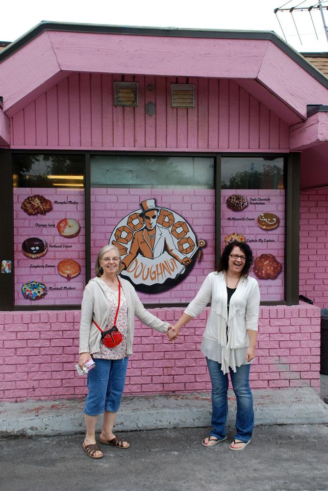 AA-Kathie-Heidi-Voodoo-Doughnuts