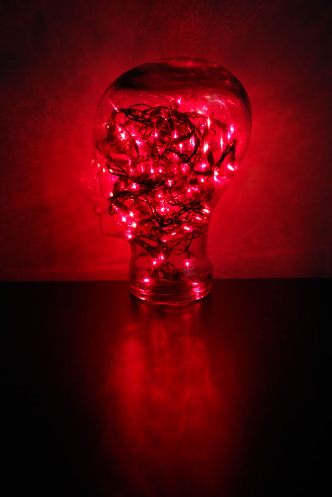 2013-10-31-99-Glass-Head-Red-Lights
